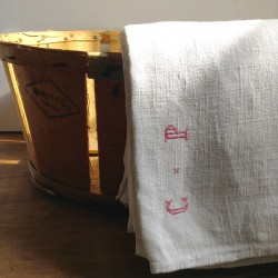 Grand Drap Ancien en chanvre Brodé