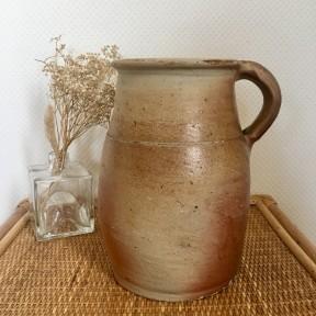 Pichet en Grès Ancien