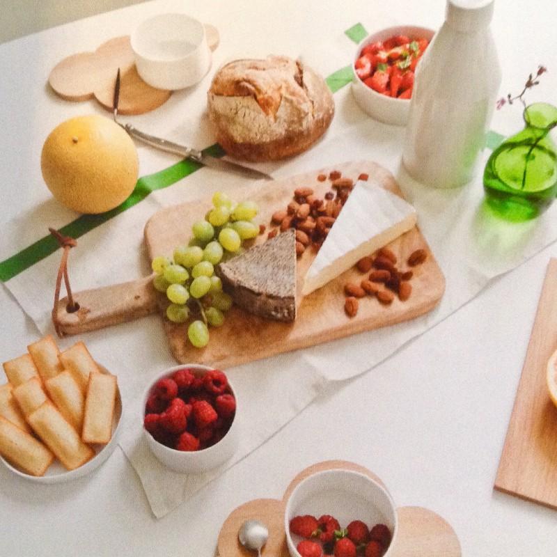 Ancienne planche d couper en bois brut clair cuisine for Planche bois cuisine