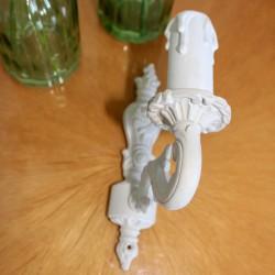 Applique en Bronze Patinée Blanc