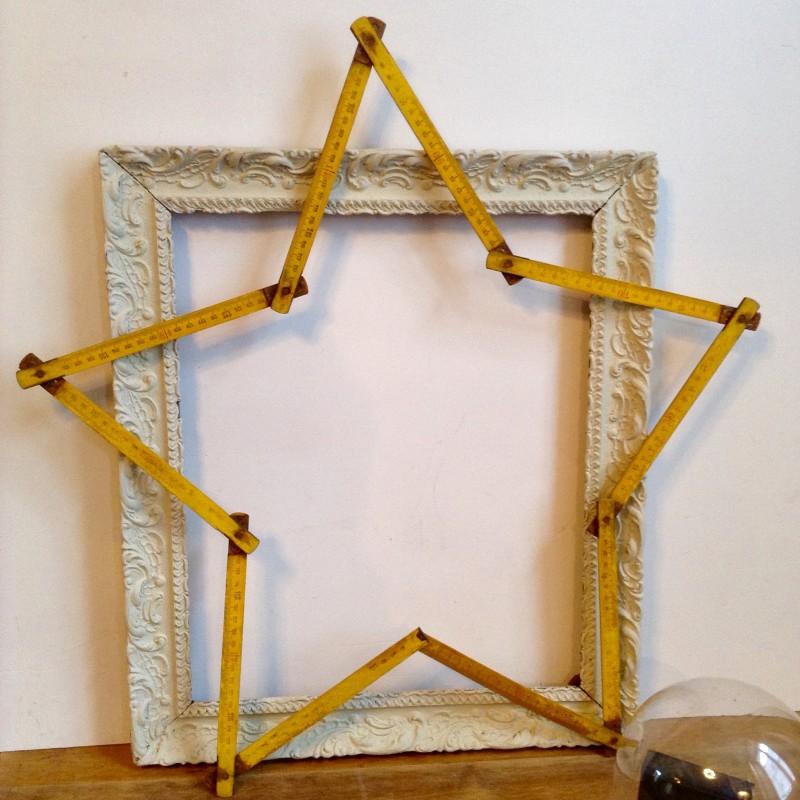 ancien m tre pliant en bois de h tre pliant en forme d 39 toile jaune. Black Bedroom Furniture Sets. Home Design Ideas