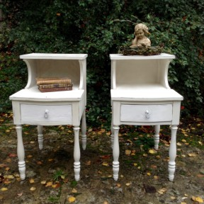 Paire de Chevets Patine Blanc Antique