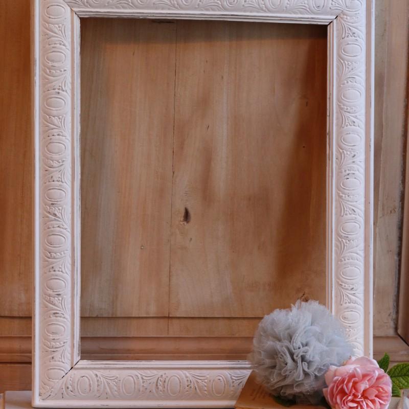 cadre ancien en bois sculpt patine blanche xix me 1900 vintage shabby. Black Bedroom Furniture Sets. Home Design Ideas