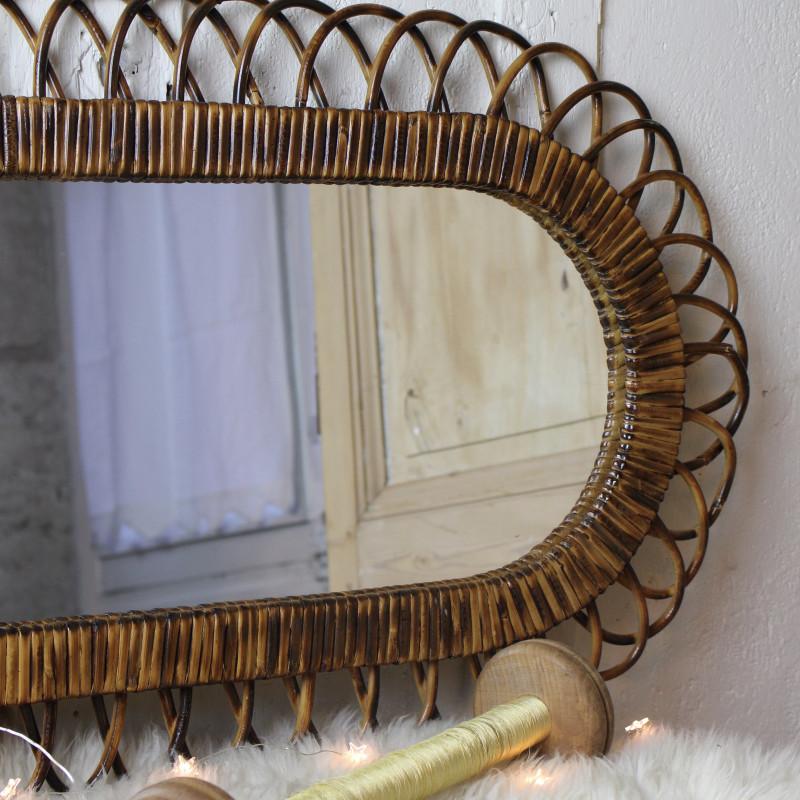 Miroir ancien en rotin forme soleil fleur des ann es 1960 for Ancien miroir soleil