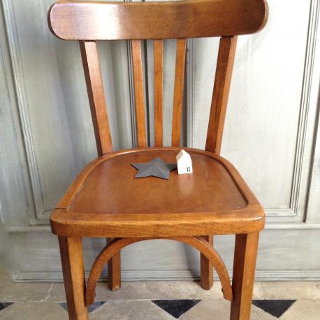 Chaise bistrot ancienne de style baumann en bois clair - Chaises de style ancien ...