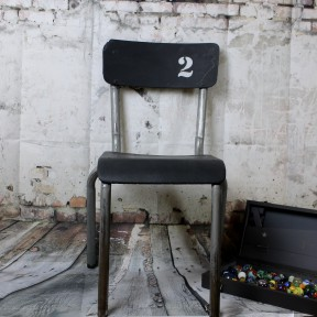 Chaise d'Ecole Enfant Vintage