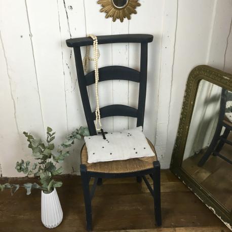 chaise prie dieu ancienne d glise fin xixe bois paille patine gris noir. Black Bedroom Furniture Sets. Home Design Ideas
