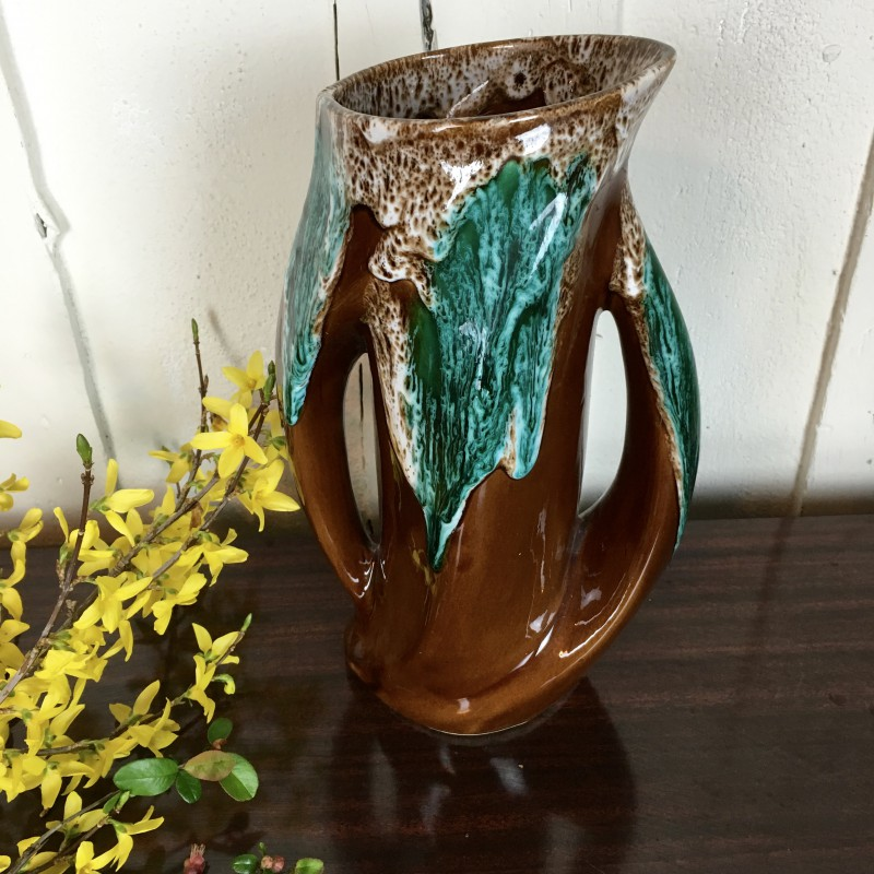 vase en c ramique fa ence estampill vallauris vintage design. Black Bedroom Furniture Sets. Home Design Ideas