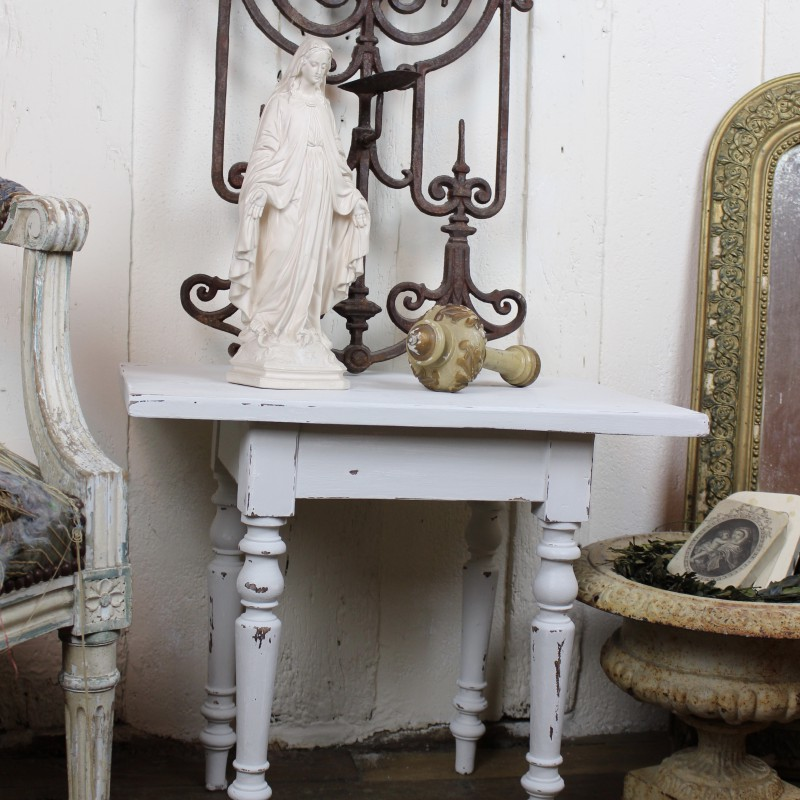 petite table basse patine blanc shabby chic aspect vieilli. Black Bedroom Furniture Sets. Home Design Ideas
