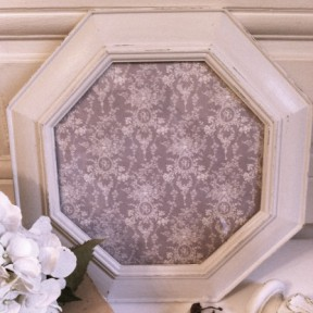 Cadre Patiné Blanc Shabby Chic