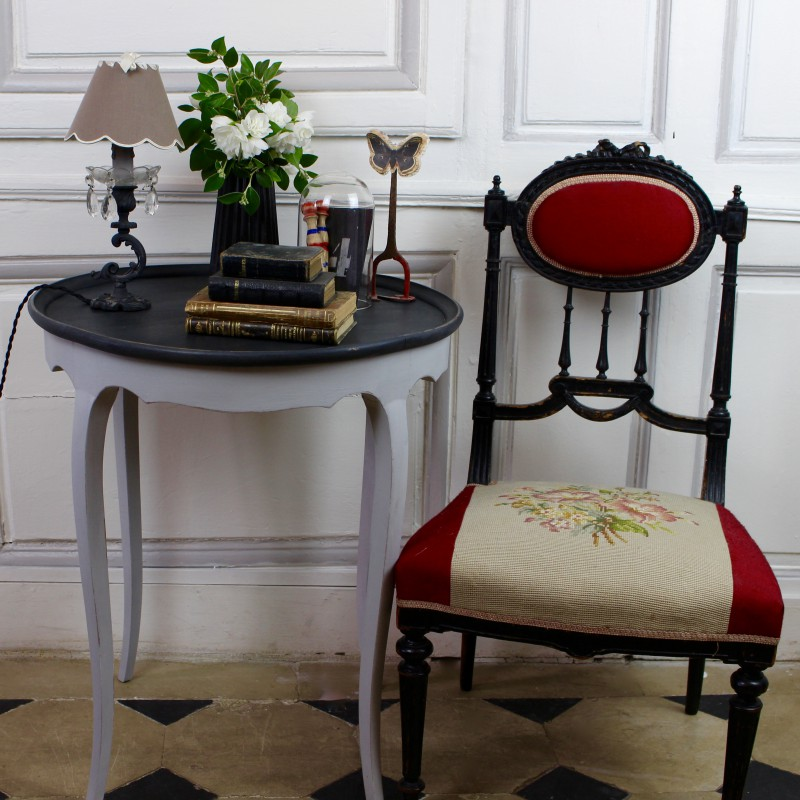 table basse ronde ancienne style louis xvi patine grise plateau noir. Black Bedroom Furniture Sets. Home Design Ideas