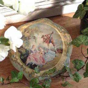 Boite ancienne illustrations XVIIIème