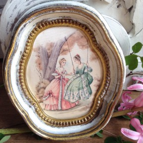 Médaillon Patine Blanc Antique