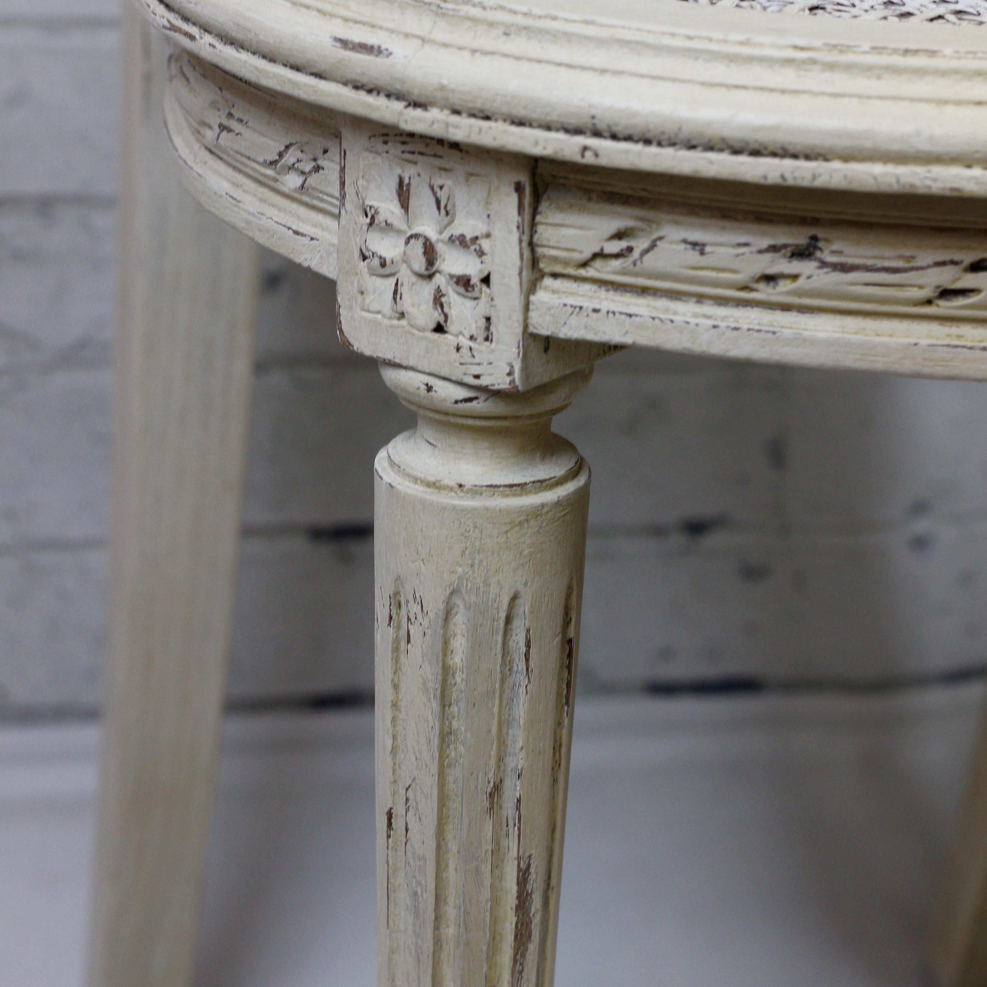 Patine Blanche Sur Bois chaise raquette style louis xvi patinée blanc antique effet vieilli