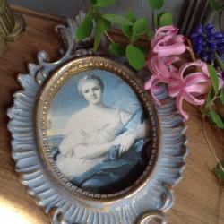 Médaillon Marquise de Pompadour