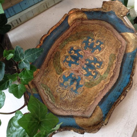 plateau florentin patine bleu vert amende et vieil or avec poign e. Black Bedroom Furniture Sets. Home Design Ideas