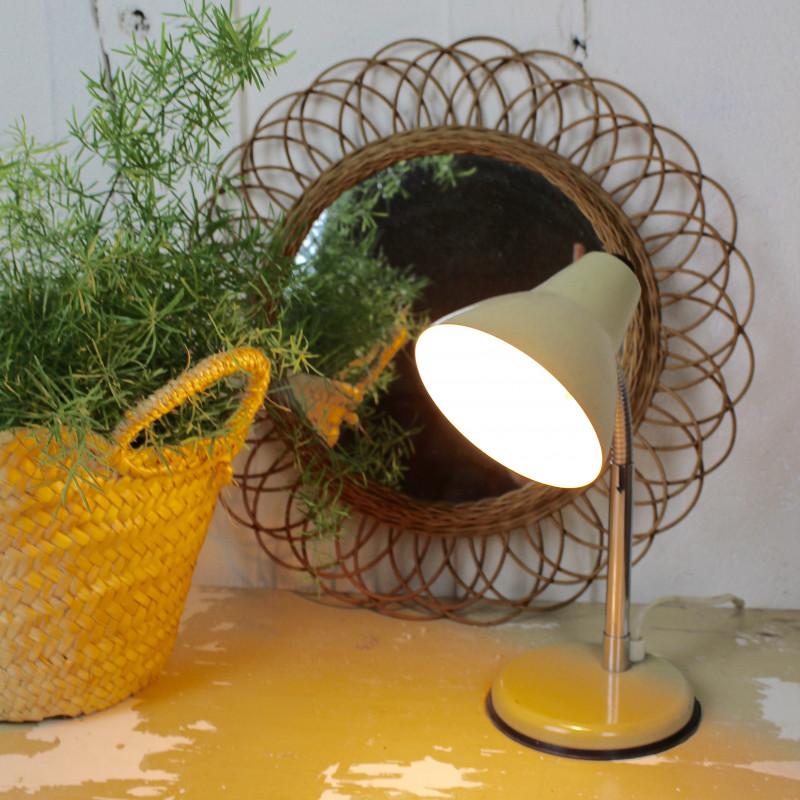lampe de bureau aluminor vintage articul e ann es 60 en metal beige. Black Bedroom Furniture Sets. Home Design Ideas
