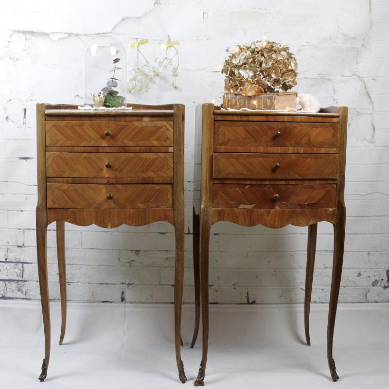 paire de chevets style louis xvi rocaille marqueterie avec 3 tiroirs. Black Bedroom Furniture Sets. Home Design Ideas