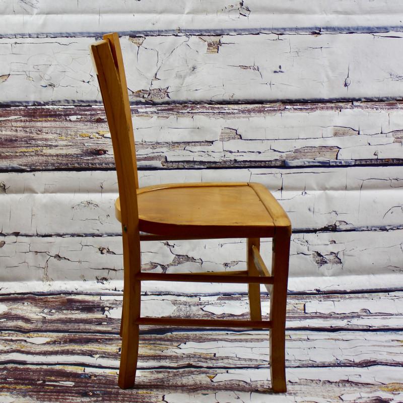 Chaise bistrot ancienne de style luterma en bois clair - Chaise longue ancienne bois ...
