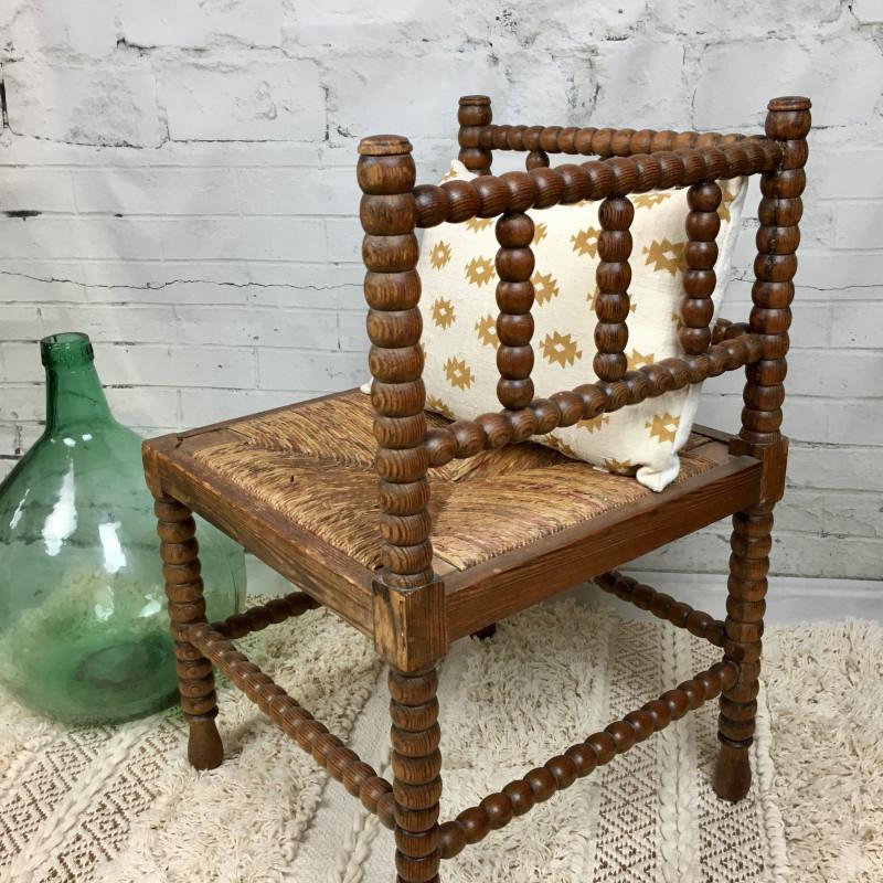 ancien si ge fauteuil d angle en bois tourn assise paille proven al. Black Bedroom Furniture Sets. Home Design Ideas