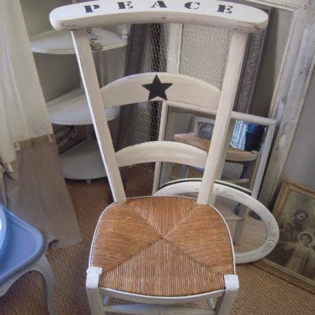 chaise prie dieu patin e lin etoile au pochoir patine bleu nuit. Black Bedroom Furniture Sets. Home Design Ideas