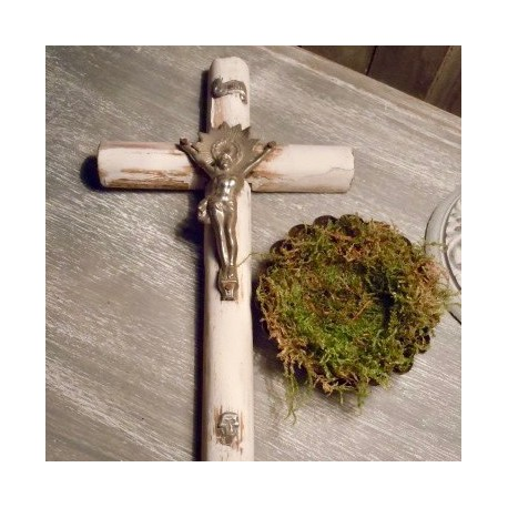 Crucifix Blanc Nordique