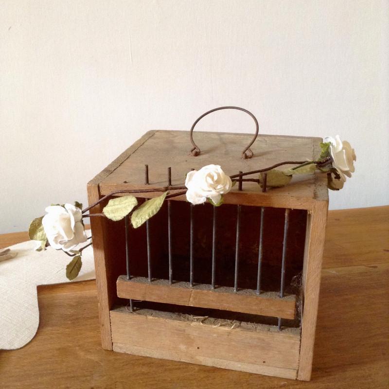 cage oiseaux ancienne en bois pour la chasse petit mod le. Black Bedroom Furniture Sets. Home Design Ideas