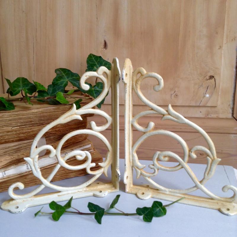 paire de console pour plateau de tablette tag re en fer forg ivoire. Black Bedroom Furniture Sets. Home Design Ideas