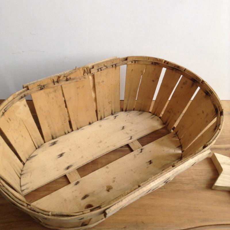 cageot cagette ancien de maraicher en bois avec etiquette. Black Bedroom Furniture Sets. Home Design Ideas